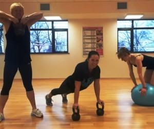 YMCA Instructors warming up for Turkey Burn Off 2015